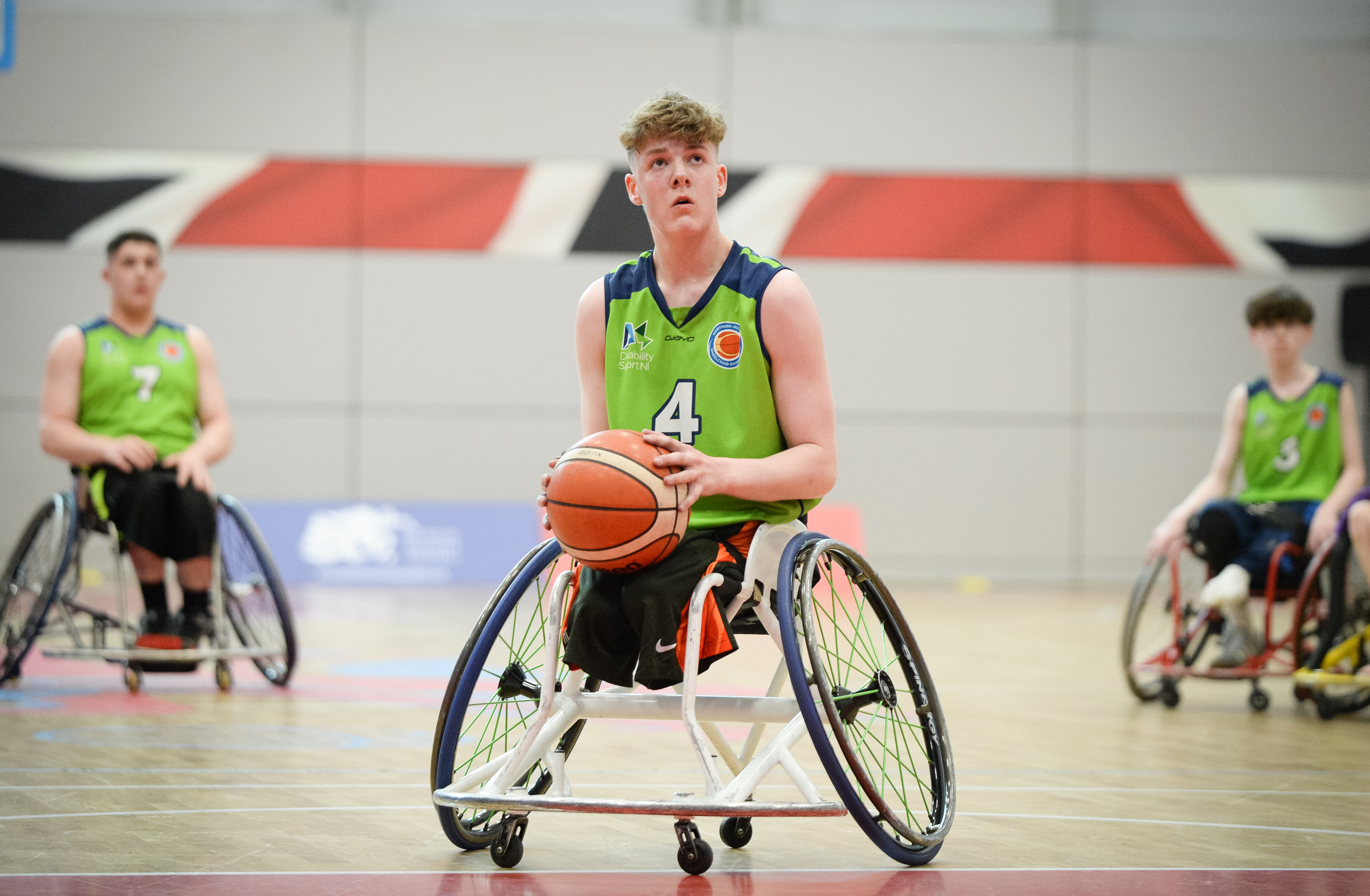 An image of Conn Nagle in his Northern Ireland Kit preparing to take a shot